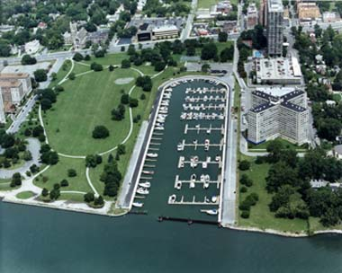 Detroit Erma Henderson Park