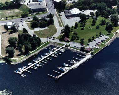 White Lake Municipal Marina (Whitehall)